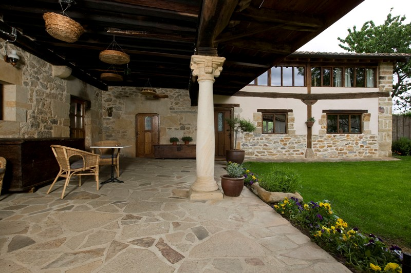 Porches_columnas_materiales_serrano