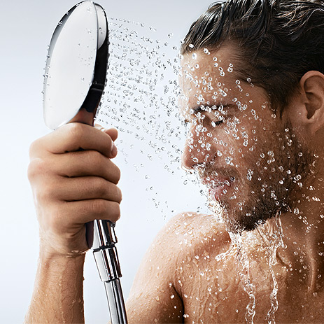 hg_raindance-select-hand-shower-man-closeup_463x463